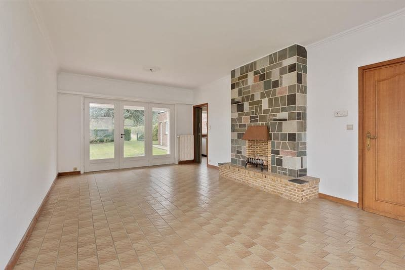 House for sale in Denderhoutem