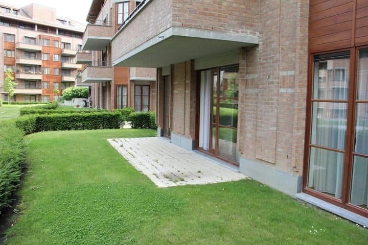 Ground floor flat for rent in Auderghem
