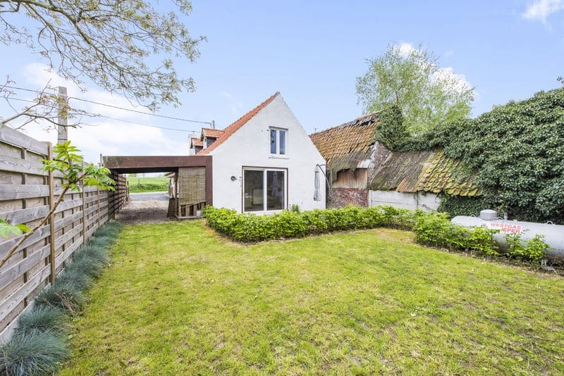 House for sale in Watou