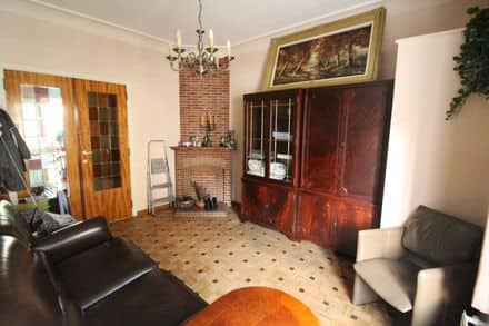 Ground floor flat<span>60</span>m² for rent