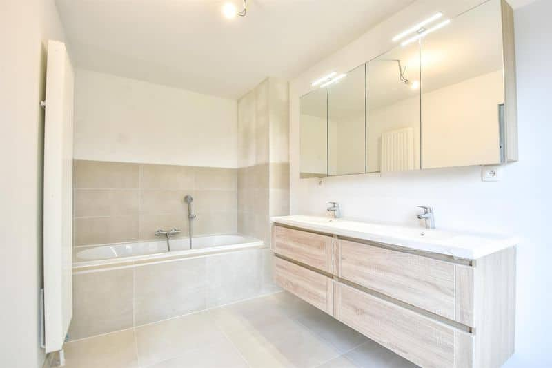 House for sale in Genval