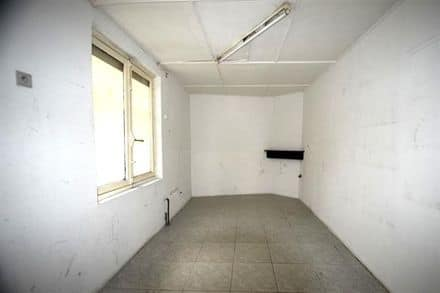 Office<span>60</span>m² for rent