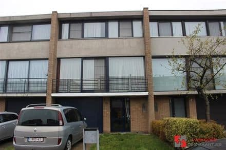 Piano nobile for rent