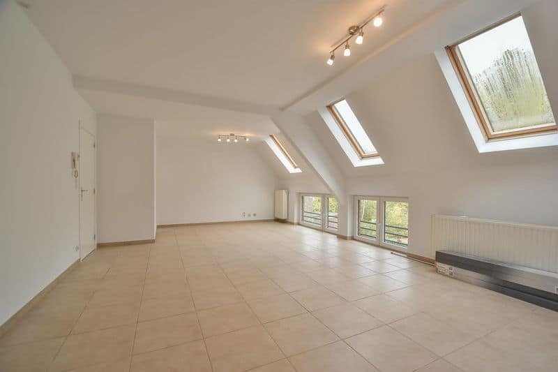 Duplex for rent in Genval