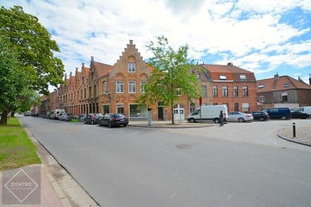 Business<span>80</span>m² for rent Brugge