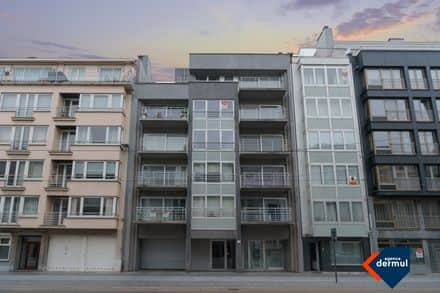 Garage<span>17</span>m² for rent Ostend