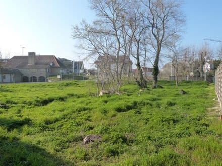 Building land<span>572</span>m² for rent