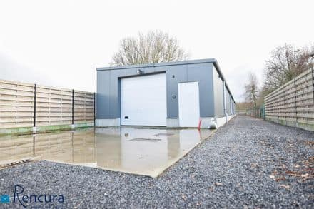 Warehouse<span>280</span>m² for rent