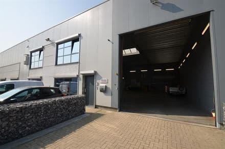 Warehouse<span>520</span>m² for rent