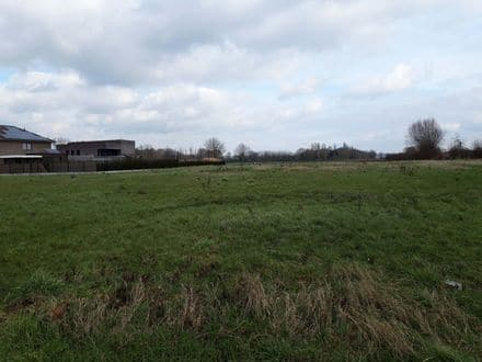 Building land<span>918</span>m² for rent