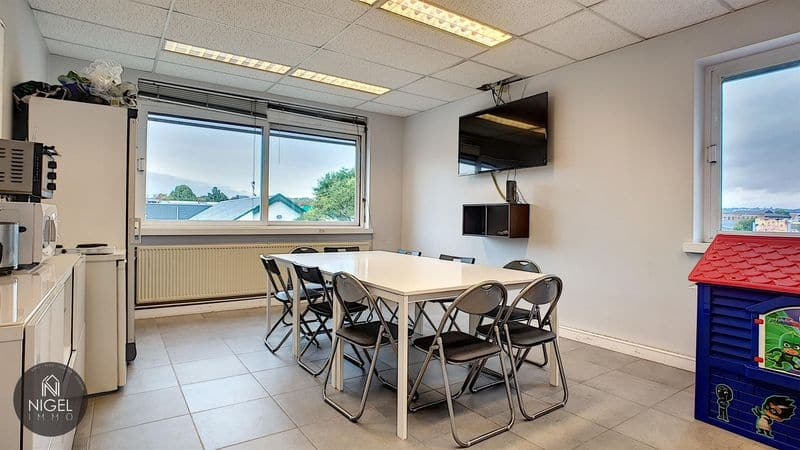 Office or business for rent in Grivegnee