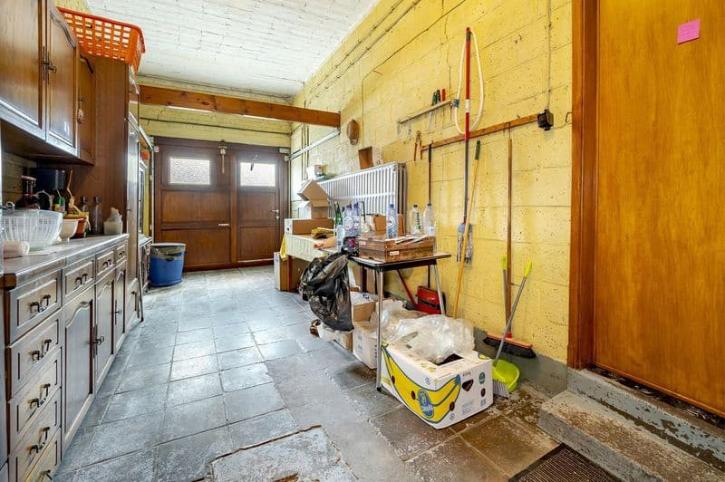 Office or business for sale in Haccourt