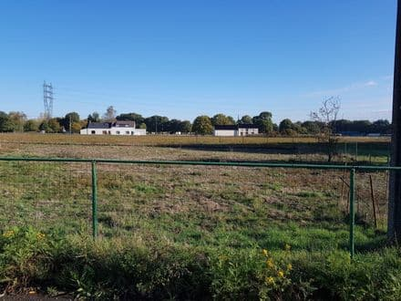 Land<span>894</span>m² for rent Baudour