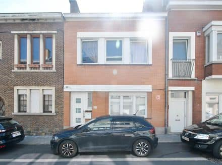 House<span>95</span>m² for rent Neder Over Heembeek
