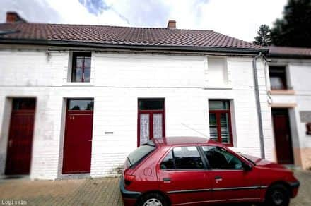 House<span>100</span>m² for rent Dour