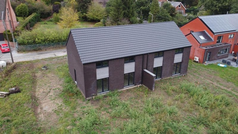 House for sale in Mont Sur Marchienne