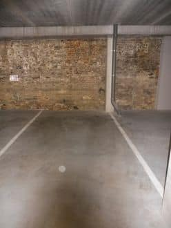 Parking space or garage for rent Doornik