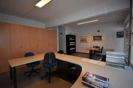 Business<span>62</span>m² for rent