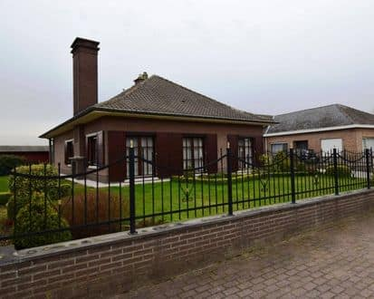 Bungalow<span>200</span>m² for rent