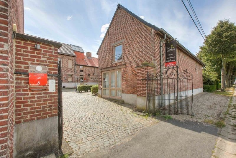 Business for sale in Parike