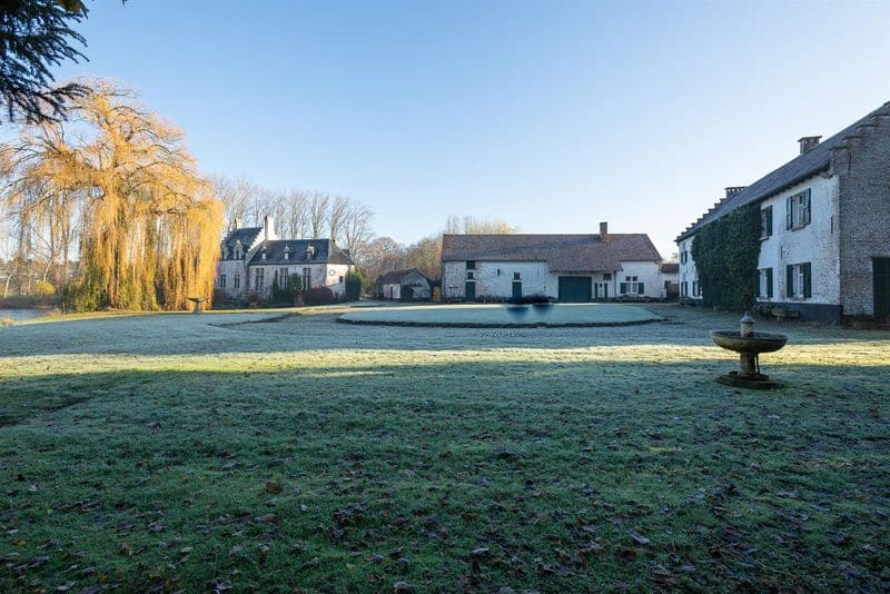 Castle for sale in Grimbergen