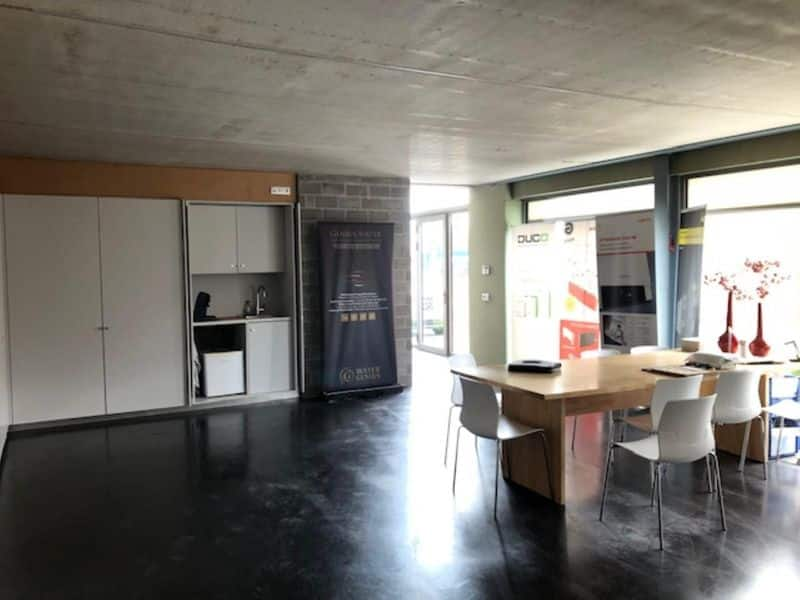 Office or business for rent in Dentergem