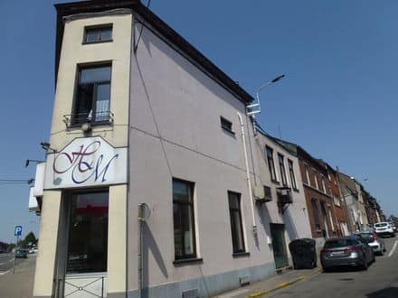 Office or business<span>231</span>m² for rent Chatelineau