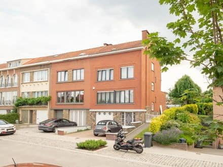 House<span>170</span>m² for rent Sint Stevens Woluwe