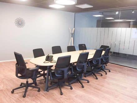 Office or business<span>2000</span>m² for rent Anderlecht