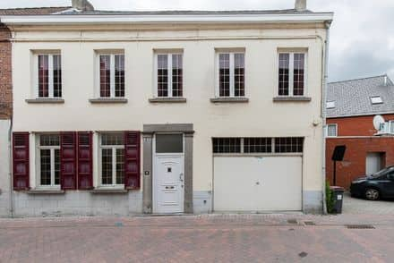 House<span>154</span>m² for rent Zele