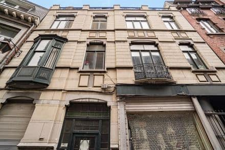 House<span>722</span>m² for rent