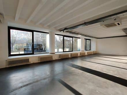 Office or business<span>266</span>m² for rent