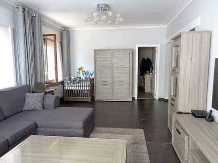 Ground floor flat<span>110</span>m² for rent